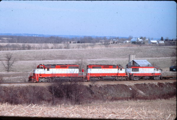 SD40-2s 951, 953, and U25B 814 at Tulsa, Oklahoma in 1979 (EVDA Slides)