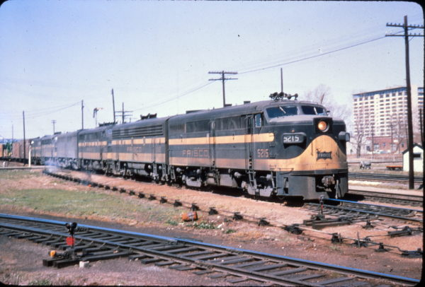 FA-1 5215 at Memphis, Tennessee in April 1964 (Golden Spike Productions)