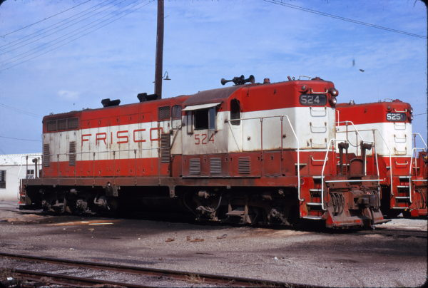 GP7s 524 and 525 at Ft. Worth, Texas in September 1973 (James Holder)