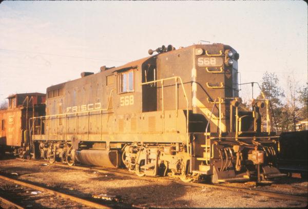 GP7 568 at York, Alabama in January 1973 (Vernon Ryder)