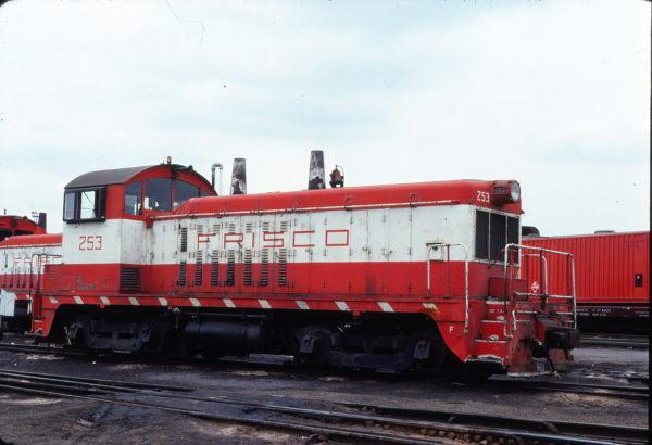 NW2 253 at St. Louis, Missouri in May 1978 (Michael Wise)