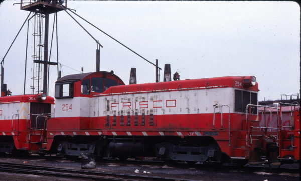 NW2 254 at St. Louis, Missouri in April 1978