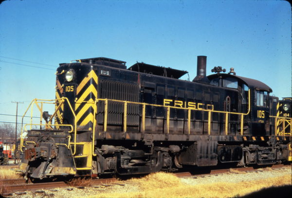 RS-1 105 at Springfield, Missouri in December 1969 (Golden Spike Productions)