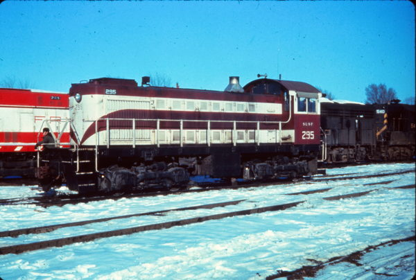 S2 295 (ex-NEO 703) at Tulsa, Oklahoma in January 1971 (EVDA Slides)