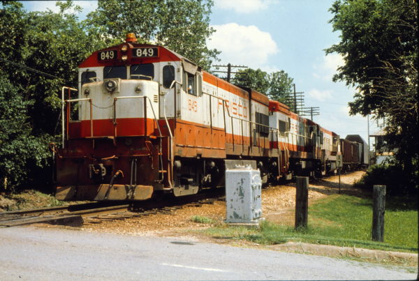 U30B 849 at Sherman, Texas in June 1979 (Trackside Slides)
