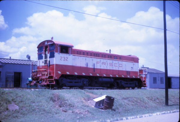 VO1000 232 in July 1967 (location unknown)