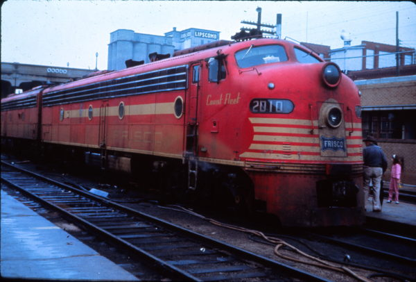 E8A 2010 (Count Fleet) at Springfield, Missouri in March 1965 (EVDA Slides)