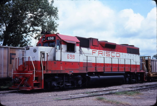 GP38-2 698 (date and location unknown)