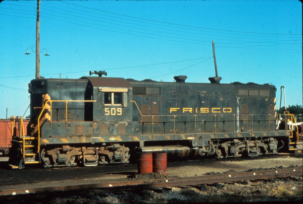 GP7 509 at Fort Worth, Texas in September 1975 (Vernon Ryder)