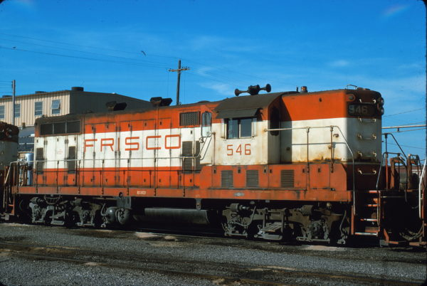 GP7 546 at Memphis, Tennessee in April 1975 (Alton Lanier)