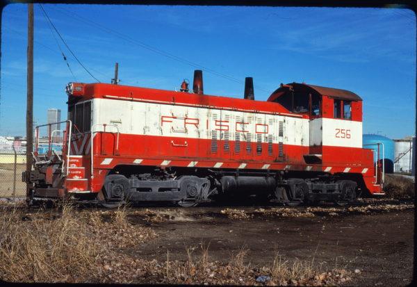 NW2 256 at Tulsa, Oklahoma in November 1980