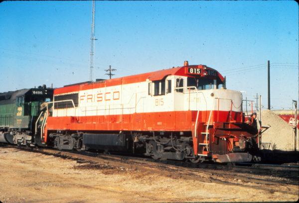 U25B 815 at Memphis, Tennessee in December 1980 (Vernon Ryder)