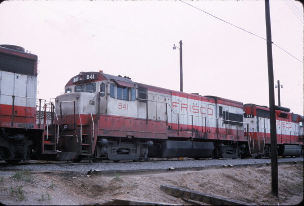 U30B 841 and GP35 711 in May 1975 (location unknown)