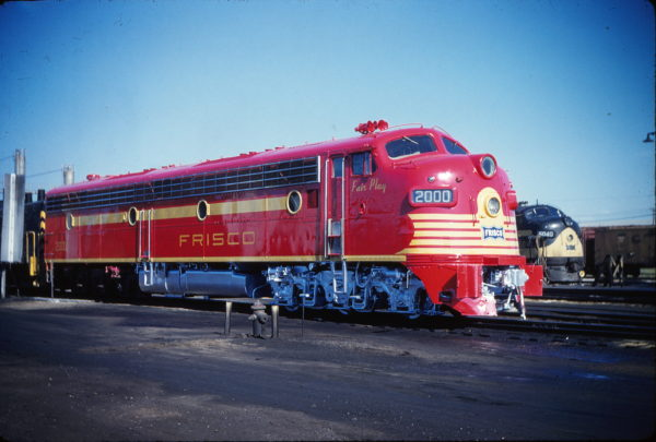 EA7 2000 and FP7 5040 at Springfield, Missouri in July 1959