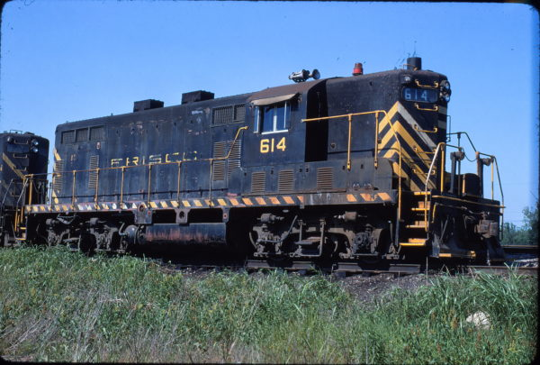 GP7 614 at Marion, Arkansas in May 1975 (Steve Forest)
