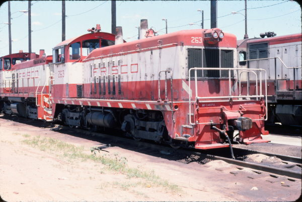 NW2 263 at Tulsa, Oklahoma in June 1976 (John Nixon)