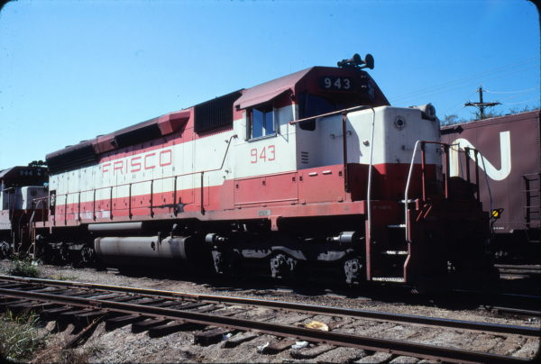 SD45 943 at Fort Worth, Texas in November 1978