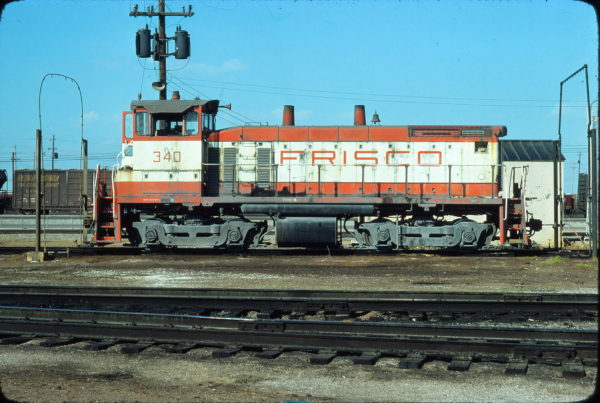 SW1500 340 at Memphis, Tennessee in April 1977 (Ronald Plazzotta)