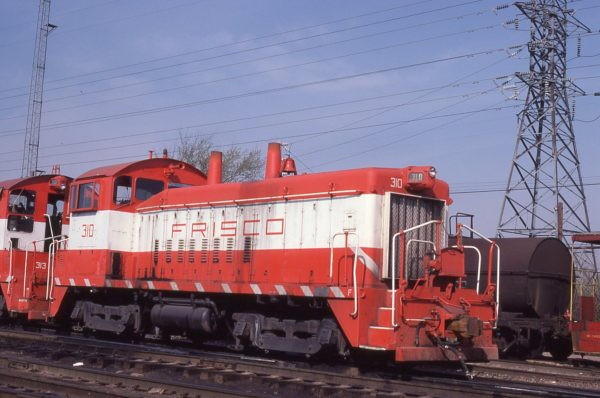 SW9 310 at St.Louis, Missouri on April 20, 1980 (JC Benson)