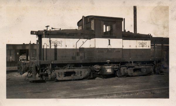 Davenport 44-Ton 1 at Springfield, Missouri on January 17, 1948 (Arthur Johnson)