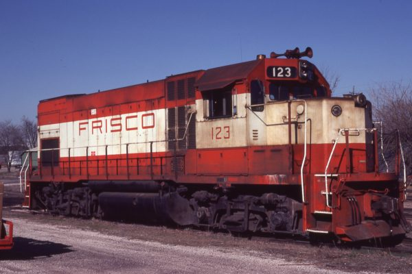 GP15-1 123 at Rogers, Arkansas on March 17, 1981 (A.B. Lanier)