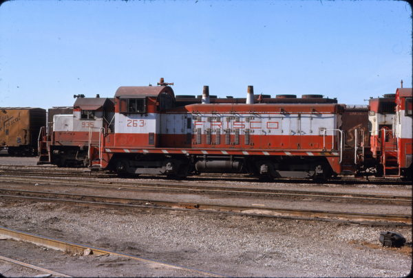 NW2 263 at Kansas City, Missouri in January 1977 (George Menge)