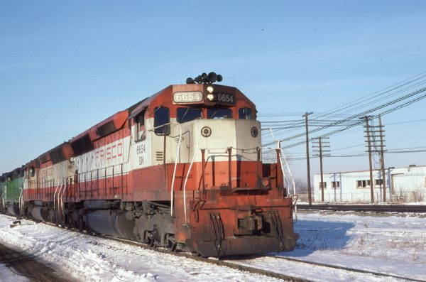 SD45 6654 (Frisco 904) at Eola, Illinois in February 1981 (Mark Singer)