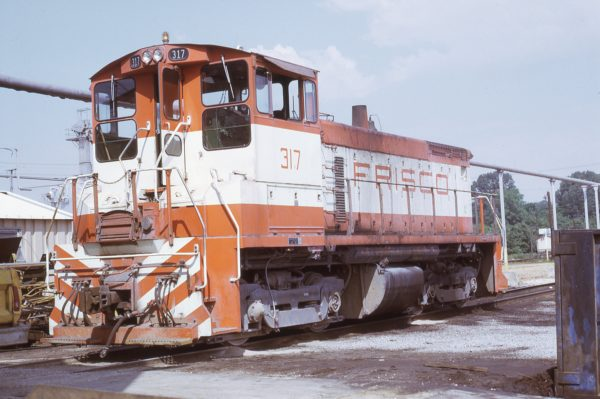 SW1500 317 at Memphis, Tennessee in March 1973