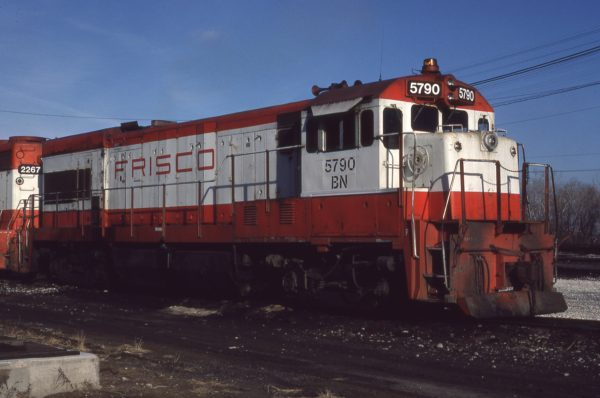 U30B 5790 (Frisco 852) at Omaha, Nebraska on December 10, 1980 (Jerry Bosanek)