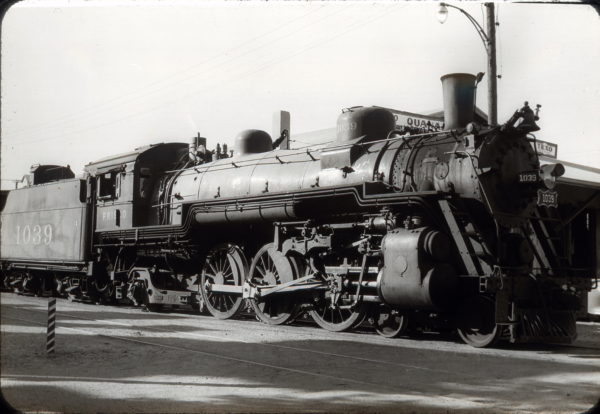 4-6-2 1039 at Quanah, Texas in October 1950