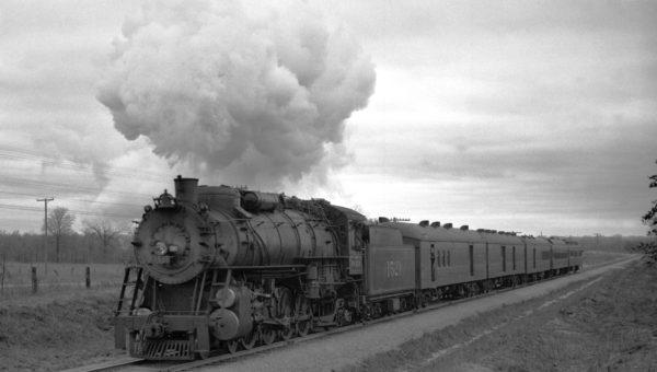 4-8-2 1521 at Spencer, Oklahoma (Richard Kindig)