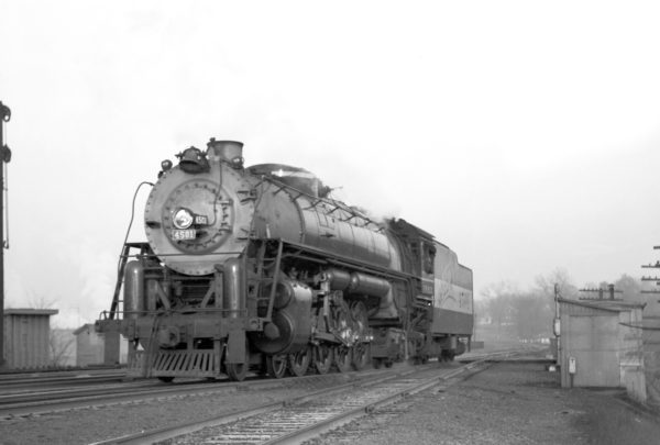 4-8-4 4501 at Southeastern Junction in 1942 (William Barham)