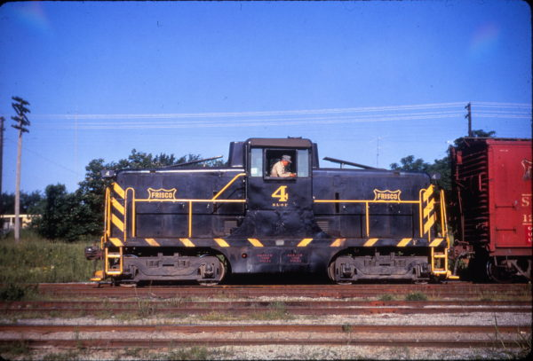 GE 44 Ton 4 at Paris, Texas on May 15, 1967