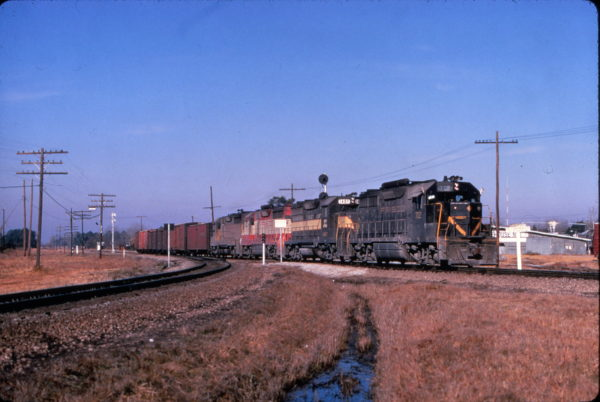 GP35 702 leads a freight train at Waycross, Georgia making a set-out on January 25, 1970 (Al Chione)