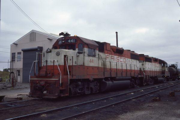 GP38-2 441 and GP35 725 at Oklahoma City, Oklahoma on October 2, 1977