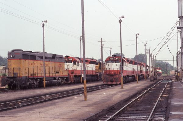 SD45s 929 and 942 (location unknown) in June 1977