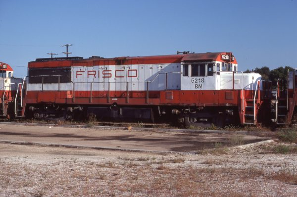 U25B 5218 (Frisco 816) in storage at Springfield, Missouri in September 1981