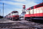 U25B 808 and SD45 925 meet at Memphis, Tennessee on September 7, 1968 (Al Chione)