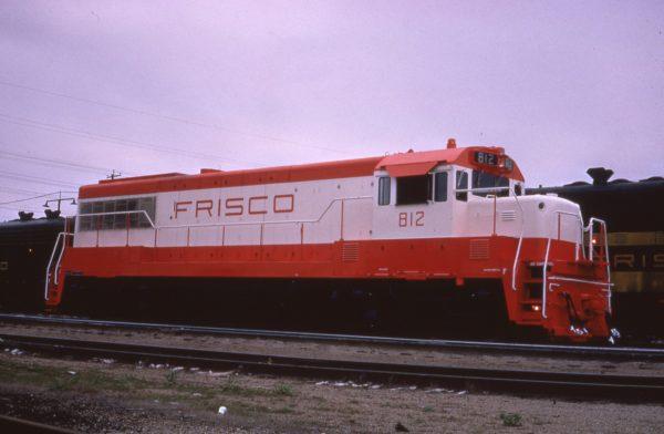 U25B 812 at Springfield, Missouri on April 29, 1966