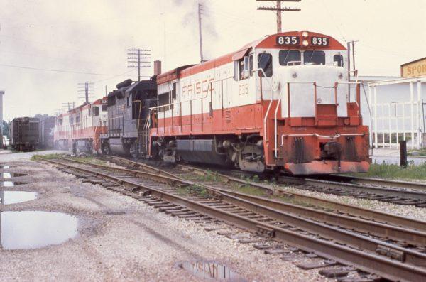 U30B 835, GP35 712 and U30B 839 at Rolla, Missouri in June 1970 (Mike Condren)