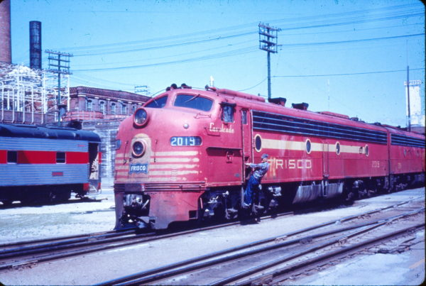 E8A 2019 (Cavalcade) at Springfield, Missouri (date unknown) (Mac Owen - Blackhawk Films)