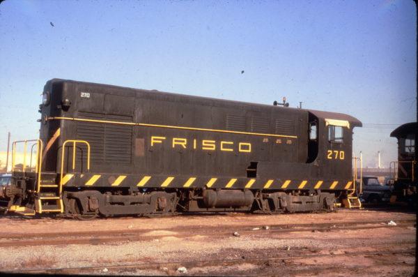H-10-44 270 at Springfield, Missouri in April 1968 (Al Chione)