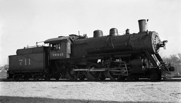 4-6-0 711 at Enid, Oklahoma in the 1930s