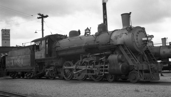 4-6-2 1034 at Enid, Oklahoma on June 22, 1938 (Ralph Graves)