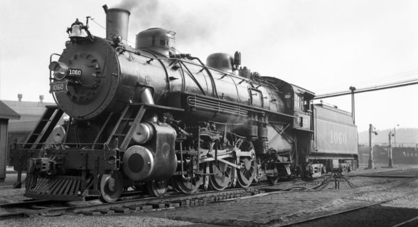 4-6-2 1060 at Tulsa, Oklahoma on February 21, 1938