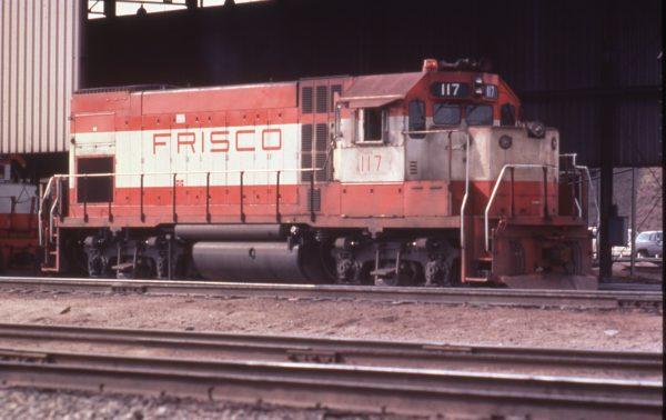 GP15-1 117 at Springfield, Missouri in 1979 (C.R. Scholes)