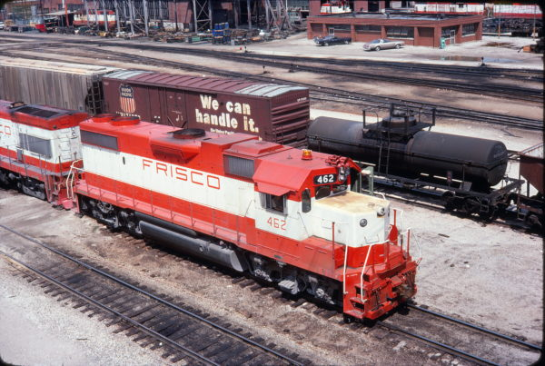 GP38-2 462 at Springfield, Missouri in August 1977