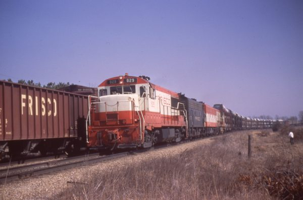 U25B 829 at Dillon, Missouri on February 26, 1967 (Mike Condren)
