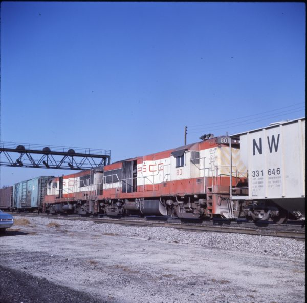 U25Bs 801 and 803 at Crestline, Ohio on October 20, 1977