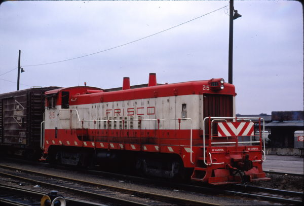 VO-1000m 215 at Kansas City in March 1973 (Neil Shankweiler)
